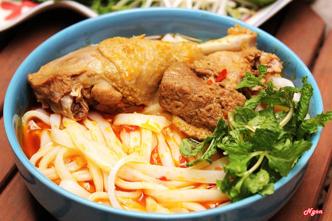 Mỳ Quảng vịt