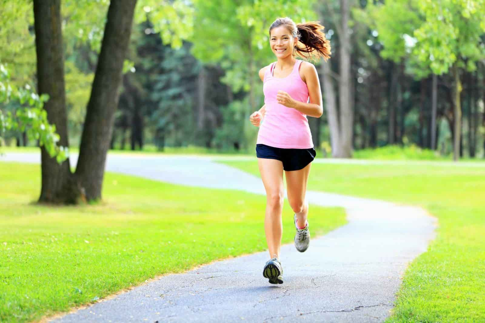 chạy bộ tăng cường thể lực