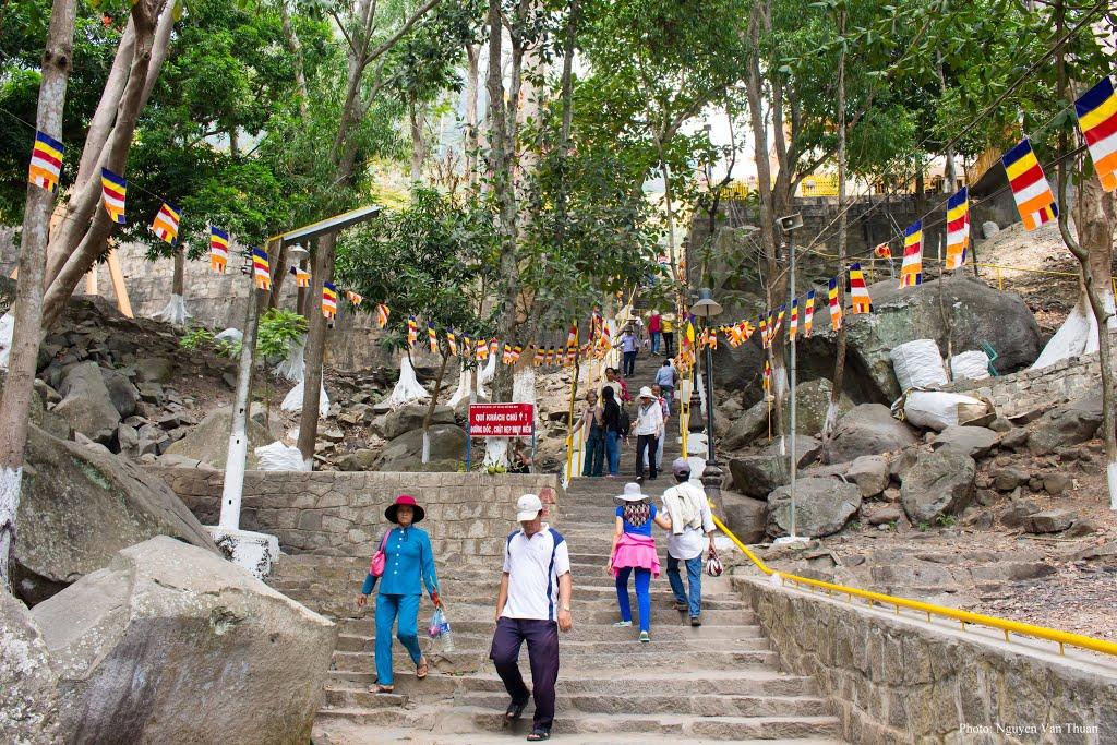 Đường lên ngắn nhất lên núi bà Đen Tây Ninh