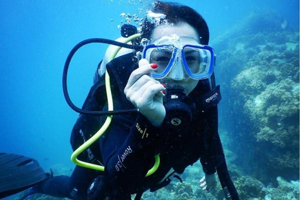 Sức khỏe là yếu tố quan trọng trước khi lặn biển