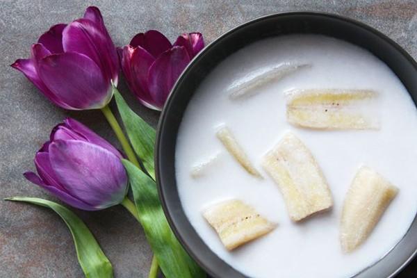 Món chè đặc biệt nước Thái - Kluay Buat Chee