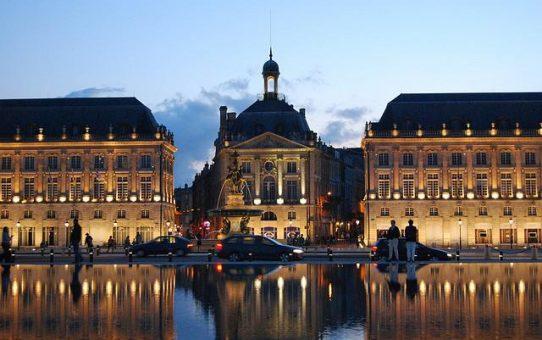 du lịch Pháp - thành phố Bordeaux