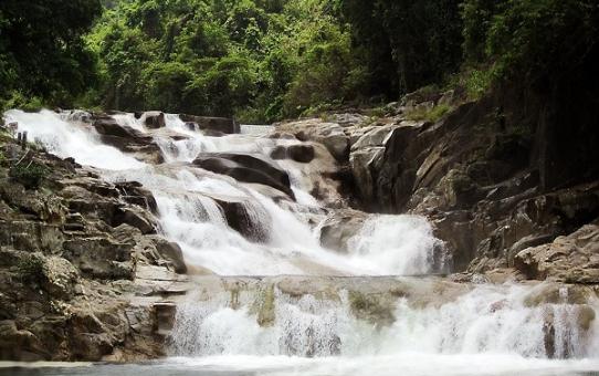 Du lịch thác Yang Bay: Review và kinh nghiệm du lịch tiết kiệm